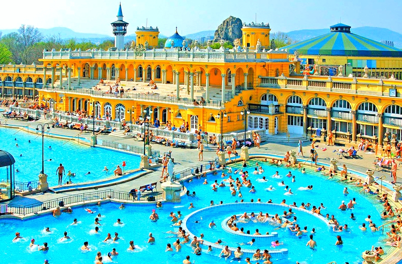 Szechenyi Spa Baths Budapesta